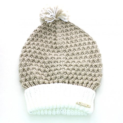 guess-cappelli-nude