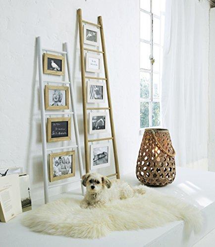 cadres-photos-pele-mele-en-echelle-a-poser-contre-le-mur-en-bois-nature-et-blanc-120-cm-de-hauteur-e