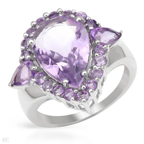 Sterling Silver 5.24 CTW Amethysts Ladies Ring. Ring Size 11. Total Item weight 6.1 g.
