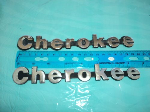 JEEP GRAND CHEROKEE METAL SIDE FENDER TRUNK CHROME LOGO USED EMBLEM SET OF (Cherokee Emblem compare prices)