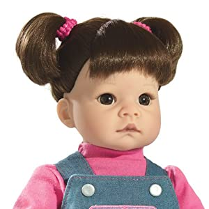 Lee Middleton Doll: Savannah