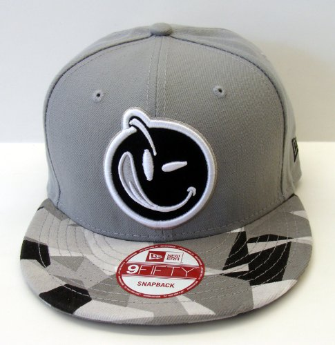 Buy Yums Life New Era 9Fifty Face Prizm Snapback Cap Hat Grey