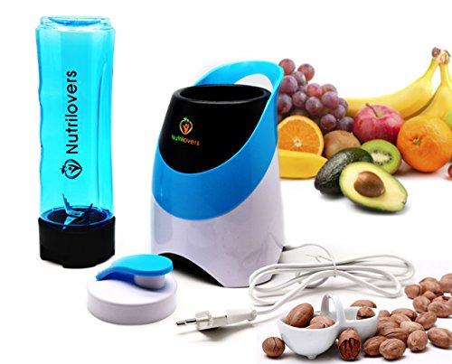 Jetzt Smoothie Maker von Nutrilovers kaufen - Klein, kraftvoll, zuverlässig & BPA frei (inkl. Trinkflasche 2 Go im Mixer Set)
