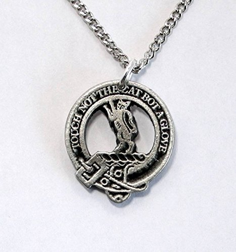 Scottish Clan Mackintosh Pendant Necklace In Fine English Pewter (Gift Boxed)
