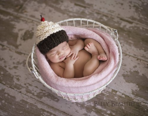 Momma'S Cupcake Hat Knitting Pattern - 6 Sizes Included front-414417