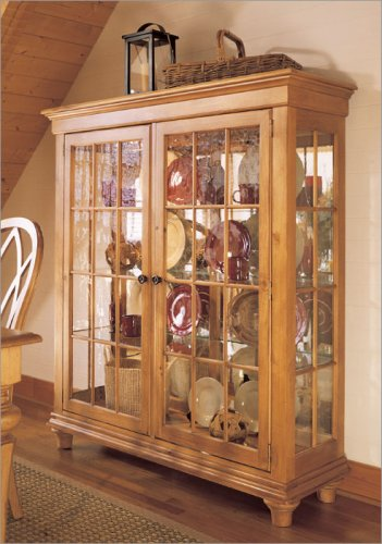 Stanley Furniture 243-11-10 Cottage Revival China Cabinet