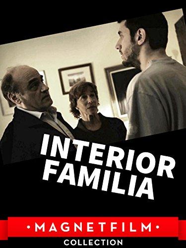 Interior. Familia