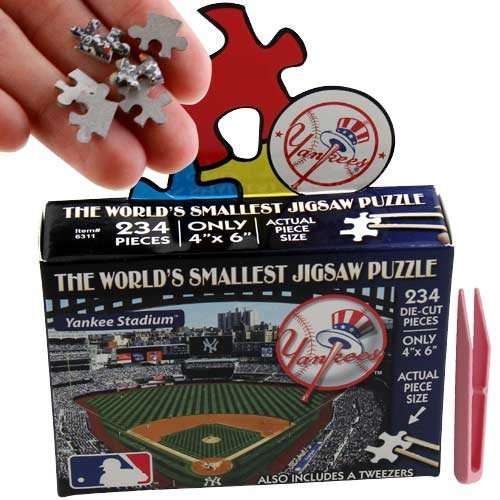 MLB New York Yankees World's Smallest Puzzle