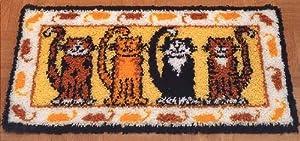 Cats & Mice Latch Hook Rug Kit