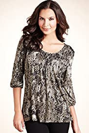 Lady Wearing Plus Size Snakeprint Top