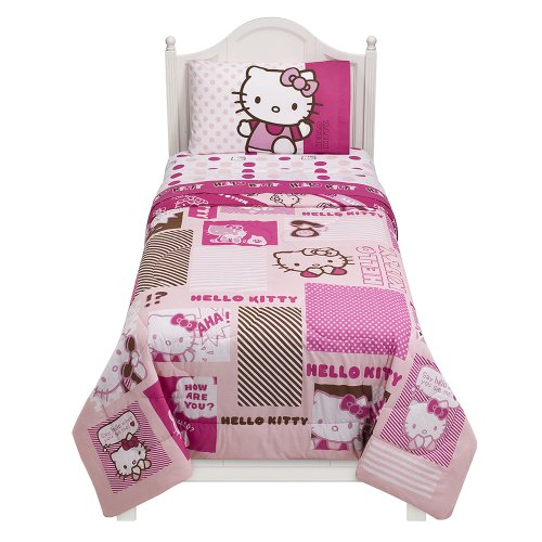 Sanrio ''Collage Kitty'' Comforter - Twin