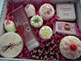 VALENTINE'S CUPCAKE SWEET SHOP BATH BLASTER / BOMB BATH & BODY GIFT SET - GIFT BOXED (X LARGE)