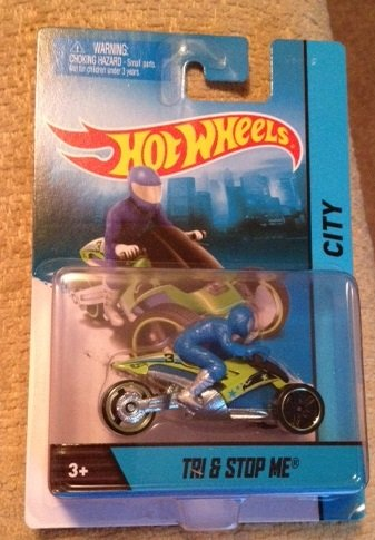 Hot Wheels HW City TRI & STOP ME Green/Blue Motorcycle with Rider Die-cast Collectible