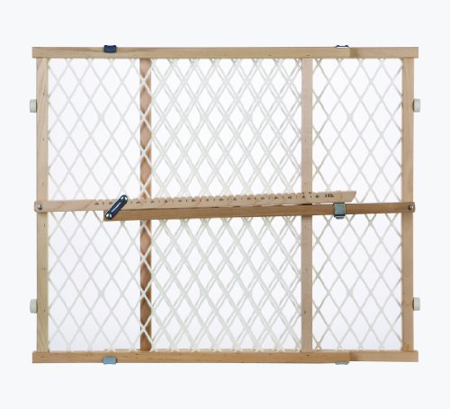 North States Industries Pressure Mount Diamond Mesh Wood Gate
