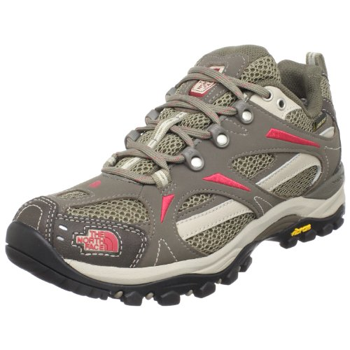 The North Face Women's Hedgehog III GTX XCR Light Hiker,Classic Khaki/Chrysanthemum Red,7 M US