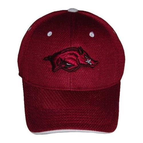 ARKANSAS RAZORBACKS OFFICIAL NCAA LOGO ONE FIT PERFORMANCE HAT CAP