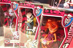 Monster High Toralei Stripe Coffin Bean Doll