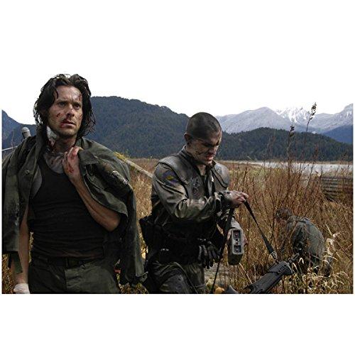 Gaius Baltar With Tarn Carrying Gun And Binoculars - Battlestar Galactica 8X10 Photograph - Hq - Bsg
