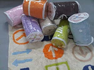 Aratextil. Alfombra Infantil 100% Algodón lavable en lavadora Colección Prado Celeste 120x160 cms en BebeHogar.com