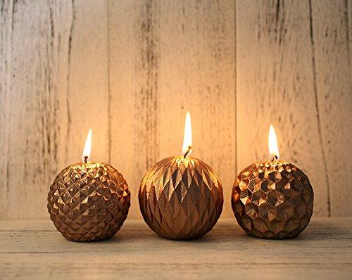 weihnachtsdeko-kerzen-im-tannenzapfen-design-3-er-pack-set-herbst-winter-geschenk-ca-70stunden-475g