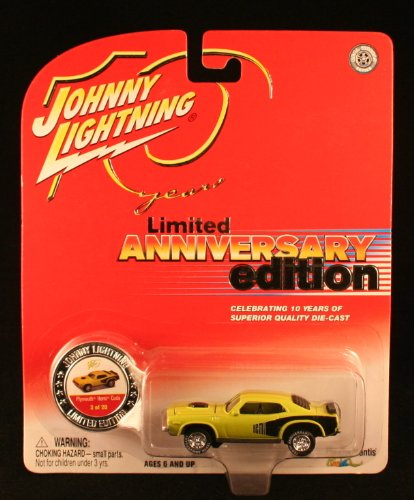 Johnny Lightning 10 Years Limited Anniversary Edition #3 of 20 - Plymouth Hemi Cuda Light Green/Black