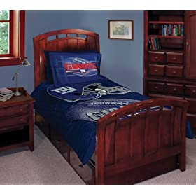 New York Giants NFL Style Twin/Full 72x86 Comforter Set - NFL Football