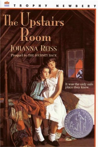 The Upstairs Room (Trophy Newbery) (Paperback)