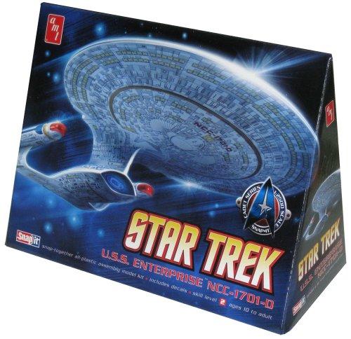 Round 2 AMT Star Trek Enterprise 1701-D 12500