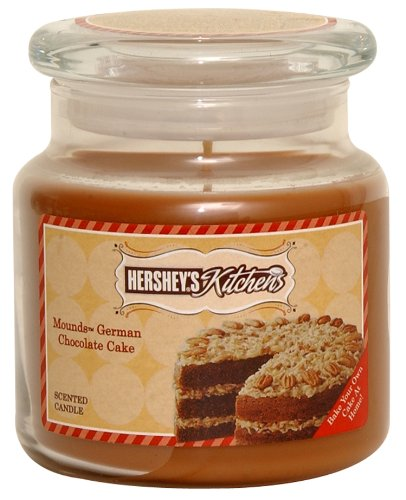Hershey's by Hanna's Candle 16-Ounce Kitchen Mound's German Chocolate Cake Candle