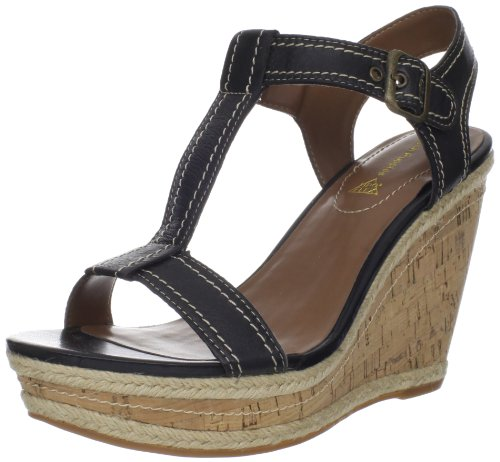 Hush Puppies Women's Renown T-Strap Wedge Pump