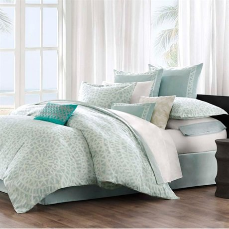 Light Blue and White forters and Bedding Sets