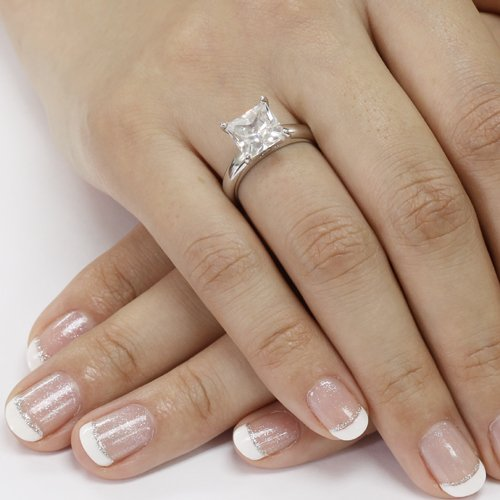 Princess cut solitaire gold engagement rings