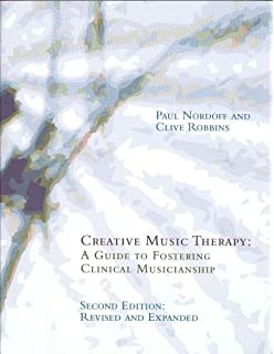 Essays on Analytical Music Therapy: Mary Priestley: 9780962408021