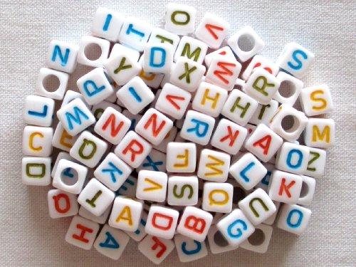 usausaのお店 可愛いカラフル文字のキューブ形☆アルファベットビーズ100個セット(6mm)