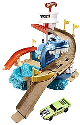 Hot Wheels Color Shifters Sharkport Showdown Trackset by Hot Wheels