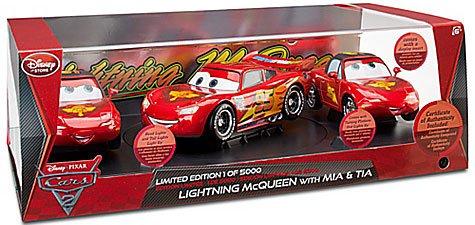 Pixar Cars 2 Kids/' Lightning McQueen Toy Car with iPad 2 App