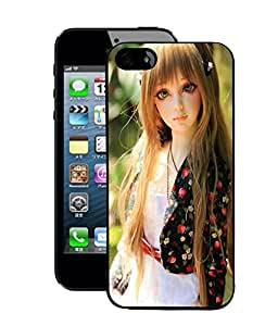 Fuson 2D Printed Cute Doll Designer Back Case Cover for Apple iPhone 5S - D746