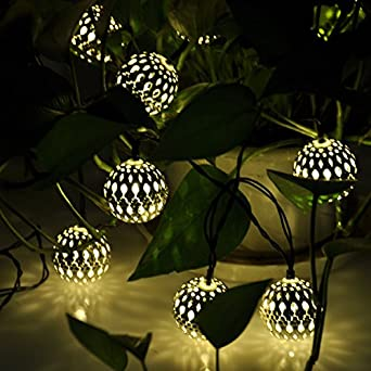 Xcellent Global 12 LED 2 Modes Solar Light Yellow Moroccan Metal Globe Lanter