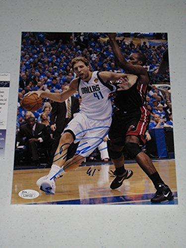 Dirk Nowitzki Autographed Signed Dallas Mavericks 8X10 Photo (Jsa Coa)