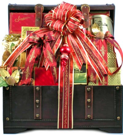 The Holiday VIP Deluxe Christmas Gourmet Food Gift Basket - Includes Meat, Cheese, Crackers, Chocolate, Nuts, Caviar, Coffee, Cookies, Smoked Salmon and Much More!