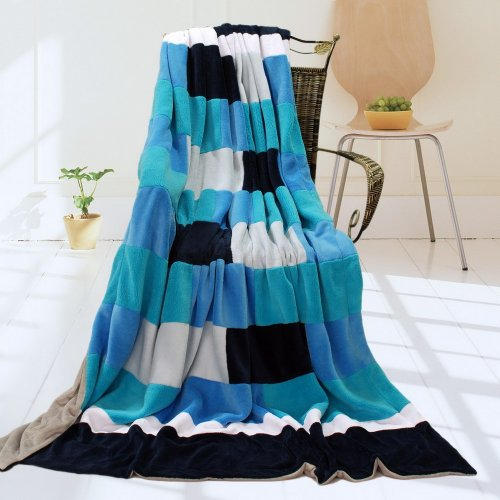 Onitiva - [Blue & White] Soft Coral Fleece Patchwork Throw Blanket (59 By 78.7 Inches) front-198440