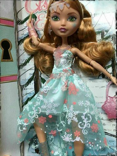 Ever After High Fairest on Ice - Ashlynn Ella Doll