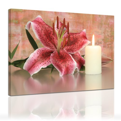 """Bilderdepot24 Leinwandbild """"Lilie mit 1 Kerze"""" 120x90cm – fertig gerahmt, direkt vom Hersteller"""
