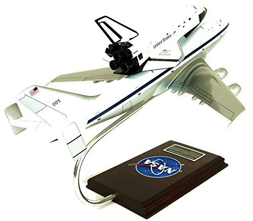 Mastercraft-Collection-Boeing-NASA-B747-Airliner-w-Space-Shuttle-Piggy-Back-Plane-Airplane-Model-Scale1144