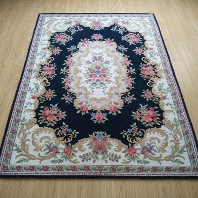 soggiorno-tavolino-tappeti-moquette-mdf-comodino-court-europea-stile-tappeto-porta-di-casa-spogliato