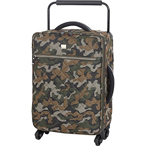 it-luggage-worlds-lightest-quilted-camo-217-inch-4-wheel-spinner-carry-on