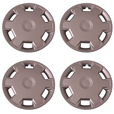 Set of 4 Silver 15 Inch Aftermarket Replacement Hubcaps with Clip Retention System - Part Number: IWC447/15S