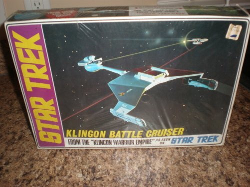 1968 Large Box 2nd Release Klingon Alien Battle Cruiser Model Kit As Seen in Star Trek
