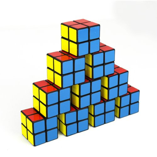 10 pcs. of Little 2x2 Magic Cubes - Fully Functional. Fully functional cubes which are also available as keyrings to give away to your guests. A perfect addition to any 80s party or event.