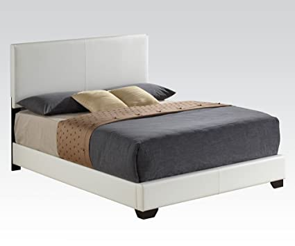Acme14390Q_KITIreland White PU Queen Bed